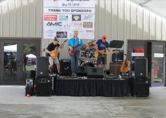 2019 mudbug showdown band picture